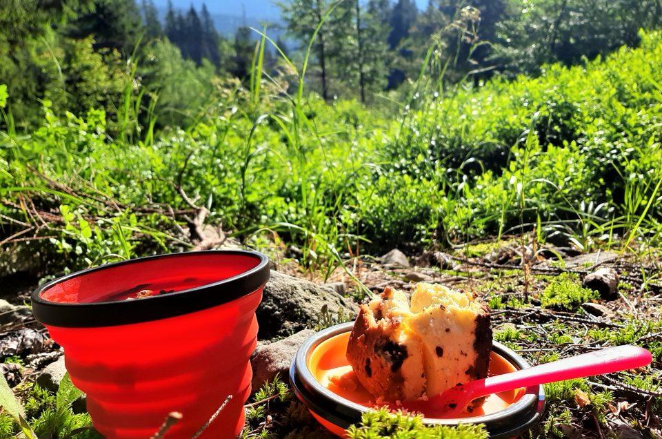 Туристичний посуд в поході та мандрах.